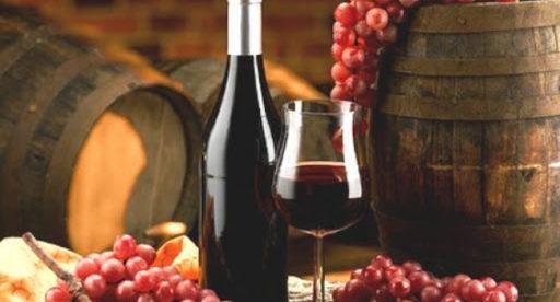 Comment fait-on du vin rouge